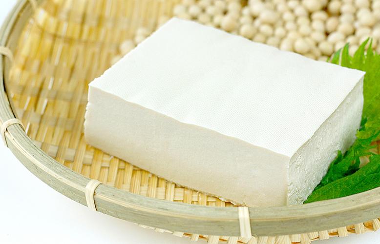 【食べ物】犬に豆腐は与えても大丈夫?知識9つ